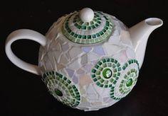 Mosaic Art Craft Project Ideas - Best Australian Online Mosaics Supplier for Mosaic Tiles Supplies. Learn Mosaic Art Craft with us! Mosaic Crafts, Mosaic Projects, Stained Glass Projects, Mosaic Art, Mosaic Glass, Glass Art, Mosaics, Mosaic Ideas, Mosaic Designs