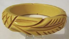 Pineapple and Leaf Carved Bakelite Bangle Bracelet