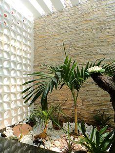 Jardim de inverno com cobogó: por CARDOSO CHOUZA ARQUITETOS