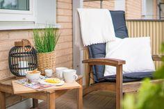 härliga möbler på balkongen