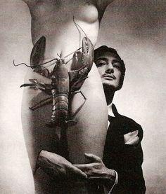 """fashion & surrealism   Années 30, avec Elsa Schiaparelli : Le maestro Dali crée la célèbre et singulière """"Robe Homard"""" (Lobster Dress)"""
