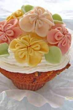 マシュマロフォンダンのお花でケーキ2の画像