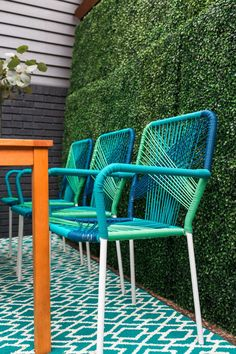 19 Spring Deck Ideas from HGTV >> http://www.hgtv.com/design/outdoor-design/outdoor-spaces/decks--porches-and-patios/inspiring-spring-deck-makeover-pictures?soc=pinterest