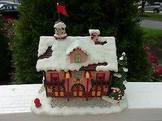 2005 Hawthorne Village Rudolph's Christmas Town Fire Station