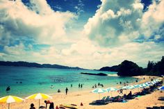 It's time to take a summer vacation!! Let's enjoy incredibly beautiful beaches in Okinawa.  http://ift.tt/2aczr3R #TrulyJapan #beach #vacation #okinawa #japan