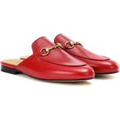 Gucci Princetown Leather Slippers (1.860 BRL) ❤ liked on Polyvore featuring shoes, slippers and red