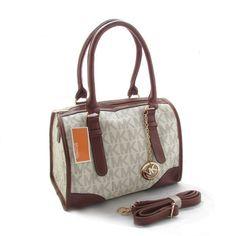 Michael Kors Bags are off sale now. So lovely.$9.99- $78.08#http://www.bagsloves.com/