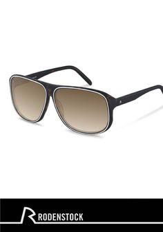 Stellen Sie sich vor, wie Sie in Ihrem Urlaub am Meer am Strand entspannen und diese Rodenstock Sonnenbrille tragen. Klingt fantastisch, nicht wahr? Probieren Sie diese Brille gleich jetzt mit unserer virtuellen Anprobe aus.