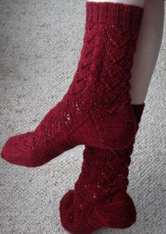 Ravelry: Hearts Forever Socks pattern by Jo-Anne Klim
