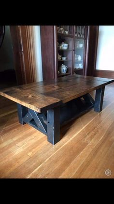 A DIY Farmhouse Coffee Table that's giving farmhouse a new name. Build this chunky farmhouse coffee table using these easy step-by-step coffee table plans. Coffee Table Plans, Diy Coffee Table, Diy Table, French Country Furniture, Farmhouse Furniture, Farmhouse Table, Furniture Nyc, Cheap Furniture, Woodworking Furniture Plans