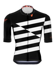 INFO Maillot Serie Pro de WEOUTDOOR High End Slim summer Jersey with aero cutting, manufactured with light fabrics and oriented to warm conditions or high performance. We created an amateur jersey with PRO functionalities, made with soft fabrics , ergonomic and exclusive paneling to get a great race fitting. Extra len
