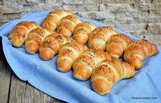Empanadas, Croissant, Sweet Bread, Taste Buds, Hot Dog Buns, Sushi, Sausage, Deserts, Dessert Recipes