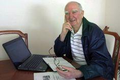 Author Ray Bird