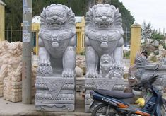 marble Foo Dogs