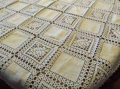 toalhas de mesa com entre meios de croche ile ilgili görsel sonucu