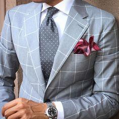 SuitTieOfTheDay.com ...repinned vom GentlemanClub viele tolle Pins rund um das Thema Menswear- schauen Sie auch mal im Blog vorbei www.thegentemanclub.de