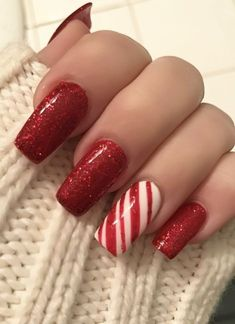 30 Fabulous Christmas Nail Art Designs For Girls to Try : Christmas Nails! Celebrate Christmas all month along with these nail art ideas. Christmas Tree Nail Art, Xmas Nail Art, Cute Christmas Nails, Red Nail Art, Xmas Nails, Winter Nail Art, Holiday Nails, Christmas Holiday, Winter Nails Colors 2019