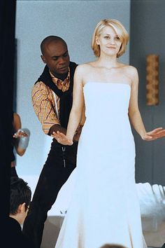 Reese Witherspoon (as Melanie Smooter) and Nathan Lee Graham (as Frederick Montana) ~ Sweet Home Alabama (2002) ~ Movie Stills ~ #sweethomealabama #romcoms #chickflicks #romanticcomedies #romanticmovies #moviestills #moviescenes