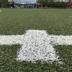 Anstoßpunkt #FussballMitBiss #Fußball #Fussball  #Sponsoring #prodente #trikotsponsoring #werbung #zähne #zahngesundheit #Spieltag #Aufstieg #Rückrunde #Aufstiegsrunde #Soccer #Football #matchday #match #prodente #Kunstrasen #U13 #DJugend #field #goal #whistle #kickoff #Mittelkreis #centercircle