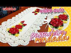 Passadeira Rendada em Crochê - YouTube Crochet Baby Shoes, Crochet Videos, Doilies, Cake, Tableware, Desserts, Youtube, Food, Tutu