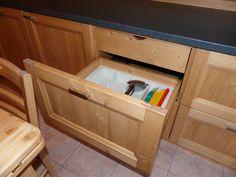 cestone con cassetto portaposate interno