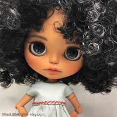 Un preferito personale dal mio negozio Etsy https://www.etsy.com/it/listing/602801219/ooak-custom-blythe-doll-fake-reyes