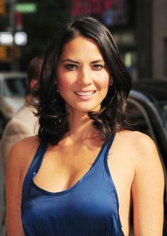 It seems Olivia Munn achieved everything she wanted. Olivia Munn best movies & TV shows, biography, info about career and personal life Olivia Munn, Beautiful Celebrities, Beautiful Actresses, Most Beautiful Women, Non Blondes, Zooey Deschanel, Celebrity Photos, Celebs, Hair Styles