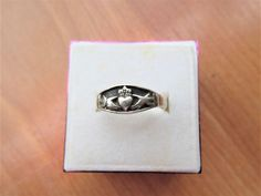 Vintage Sterling Silver Claddagh Irish Ring size 7.25      #925 #Claddagh Claddagh, Vintage Gifts, My Ebay, Class Ring, Irish, Cufflinks, Advertising, Sterling Silver, Store