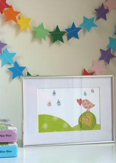 Cuadro infantil realizado con la técnica de collage -  pajarito con corazón y gotas
