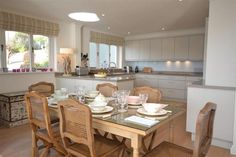 The beautiful dining area and kitchen at Cliff Crest, South Devon