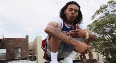 "Young Roddy Ft. Smoke DZA | ""Money"" [Video]- http://getmybuzzup.com/wp-content/uploads/2014/08/young-roddy.jpg- http://getmybuzzup.com/young-roddy-ft-smoke-dza/- Young Roddy Feat. Smoke DZA – ""Money"" [Music Video] Roddy drops the awaited visuals for the track called 'Money' with Smoke Dza directed by Kenny Allan. Enjoy this video stream below after the jump. Follow me: Getmybuzzup on Twitter 