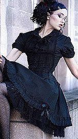 Goth girl  in nice little lolita dress