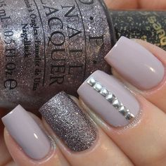 If purple is your favorite color, then what you're looking for is a gorge purple manicure. Purple, silver, and white will make people jelly of your fingertips. - See more at: http://www.quinceanera.com/make-up/top-nail-designs-by-color/#sthash.fFGmLMHJ.dpuf