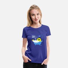 hipster portrait giraffe Frauen Premium T-Shirt Funny Shirts, Cool T Shirts, Kanji Japanese, African Tattoo, Camping Hair, Shirt Designs, Custom Tank Tops, Geile T-shirts, Women Camping