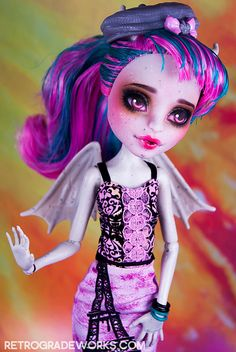 Commission Rochelle for Claudia by Retrograde Works, via Flickr Monster High Repaint www.retrogradeworks.com
