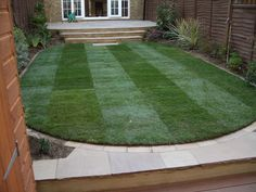 Whether you need to install a completely new lawn or to repair sections of an existing one, we have what you need. Our turfing installation service is available everywhere in North London, including Muswell Hill, Finchley, Barnet, Holloway and Highbury.