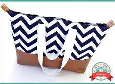 Gilded Chevron Tote: Deck The Halls with Fabric.com | Sew4Home