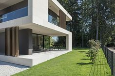 Villa in Bäch Villa in Bäch Architektur Modern Architecture House, Modern House Design, Architecture Design, Villa Design, Facade Design, House Outside Design, Scandinavian Style Home, Dream House Exterior, Best House Plans
