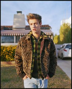 90s style is back in a big way. After looking at the trend for Weekday Jeans' spring-summer 2016 campaign, 90s inspired fashions are front and center for a shoot with Cameron Dallas. Posing for the pages of Wonderland, the Vine star is captured in sunny Los Angeles for the British magazine's Fame issue. Wearing laid-back...[ReadMore]