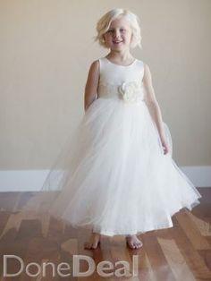 First Communion / Flower girl dressFor Sale in Cavan : €60 - DoneDeal.ie