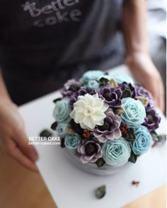 . Done by my student from Japan   Any inquiries about BETTER CLASS, Mailbettercakes@naver.com Linebetter_cake FacebookBetter Cake Kakaotalkleesumin222  #buttercream#cake#베이킹#baking#bettercake#like#버터크림케이크#베러케익#cupcake#flower#꽃#sweet#플라워케