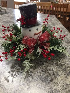 In this DIY tutorial, we will show you how to make Christmas decorations for your home. The video consists of 23 Christmas craft ideas. Easy Holiday Decorations, Black Christmas Tree Decorations, Christmas Mesh Wreaths, Christmas Flowers, Christmas Tablescapes, Christmas Centerpieces, Rustic Christmas, Christmas Diy, Christmas Snowman