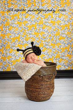 newborn photo ideas by Jill Aponte Photography