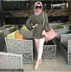 #hijab #hijaboutfit #modernhijab Pinterest: @GehadGee Street Hijab Fashion, Abaya Fashion, Muslim Fashion, Modest Fashion, Girl Fashion, Fashion Outfits, Casual Hijab Outfit, Hijab Chic, Casual Outfits