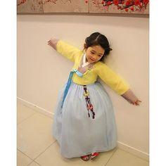 한복 Hanbok : Korean traditional clothes[dress] | #ModernHanbok: