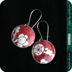White Blossoms on Carmine -- Upcycled TIn Tiny Basin Earrings by christineterrell on Etsy