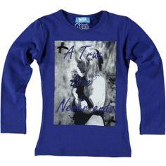 O'Chill shirt blauw. Print is afgewerkt met zwarte strikjes die erop genaaid zitten en strass steentjes.