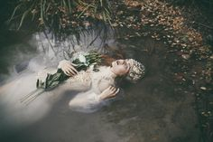 Saved by surya adi pras (fleoops). Discover more of the best Fine, Art, Women, Photography, and Portrait inspiration on Designspiration Dreamy Photography, Artistic Photography, Fine Art Photography, Contemporary Photography, Water Modeling, Pre Raphaelite, William Shakespeare, Portrait Inspiration, Poses
