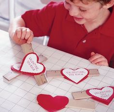 Room Mom 101: This site has a lot of cute Valentine ideas. I really like the rulers.