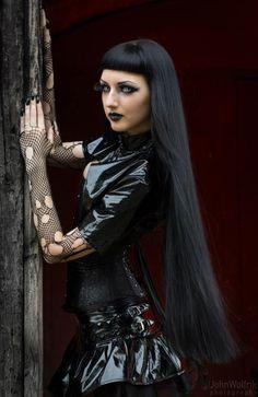 Model, MUAH, style: Obsidian KerttuPhoto: John WolfrikWelcome to Gothic and Amazing |www.gothicandamazing.org